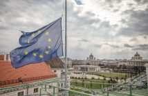 epa05225729 A handout image provided by the Austrian Bundeskanzleramt (BKA)  Federal Goverment Office shows the European Union (EU) flag flying at half-mast at the roof of Austrian Chancellor office in Vienna, Austria, on 22 March 2016. The Austrian government shows their solidarity with the people of Belgium in the wake of the explosions in Brussels, following terror attacks at Brussels airport and on the metro system which claimed multiple lives and injured many others.  EPA/ANDY WENZEL / BKA / HANDOUT  HANDOUT EDITORIAL USE ONLY/NO SALES