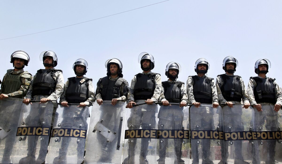 epa05437638 Afghan security officials stand guard during protest against rerouting of the TUTAP power line, in Kabul, Afghanistan, 23 July 2016. Reports state thousands of people from Hazara minority are protesting the proposed route of the Turkmenistan, Uzbekistan, Tajikistan, Afghanistan, and Pakistan (TUTAP) power line, calling on the government to re-route the line through Bamiyan province which has a majority of Hazara population. The government says the proposed route saves millions of dollars in cost.  EPA/JAWAD JALALI