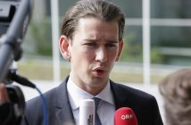 epa05378934 Austrian Foreign Minister Sebastian Kurz arrives for a Foreign Affairs Council in Luxembourg, 20 June 2016. The Council will discuss the integrated EU policy for the Arctic and also discuss the Middle East peace process.  EPA/JULIEN WARNAND