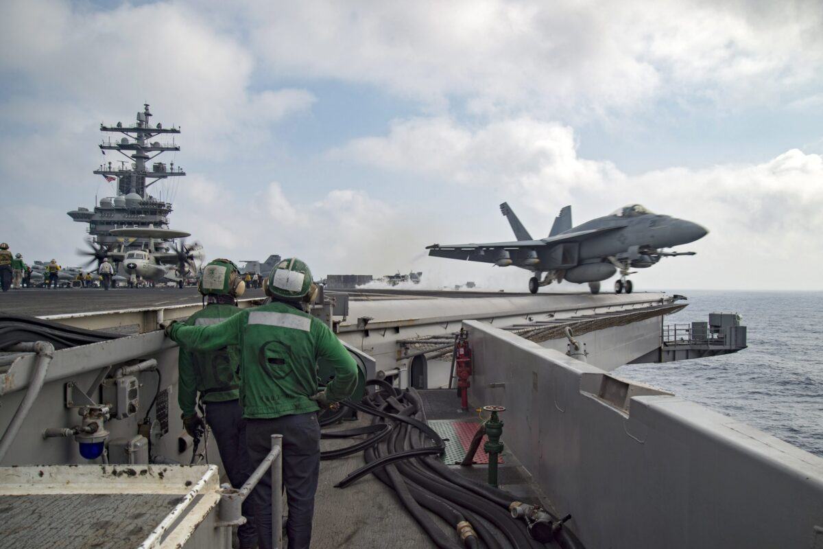 epa05396589 REPEAT WITH RESTRICTIONS epa05396579 A handout image released by the US Navy Media Content Operations on 28 June 2016 shows an F/A-18E Super Hornet assigned to the Sidewinders of Strike Fighter Squadron (VFA) 86 launches from the flight deck of the aircraft carrier USS Dwight D. Eisenhower (CVN 69) at an undsiclosed location in the Mediterranean Sea, 28 June 2016. Dwight D. Eisenhower is deployed in support of Operation Inherent Resolve, maritime security operations and theater security operation efforts in the U.S. 6th Fleet area of operations. 'Operation Inherent Resolve' is the US military's operational name for the military camapgin in Iraq and Syria against the terror militia referring to itself as Islamic State (IS). EPA/MC3 ANDERSON W. BRANCH / HANDOUT HANDOUT EDITORIAL USE ONLY