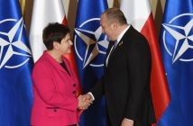 epa05415926 Polish Prime Minister Beata Szydlo (L) welcomes the President of Georgia Giorgi Margvelashvili (R) before the official dinner of Heads of States and Governments at Warsaw Royal Castle as a part of the NATO Summit in Warsaw, Poland, 08 July 2016. The North Atlantic Treaty Organization (NATO) Warsaw Summit which is expected to decide about military reinforcements on NATO territory in Central-East Europe takes place on 08 and 09 July. About 2,000 delegates, including 18 state heads, 21 prime ministers, 41 foreign ministers and 39 defence ministers will take part in the Summit.  EPA/RADEK PIETRUSZKA POLAND OUT