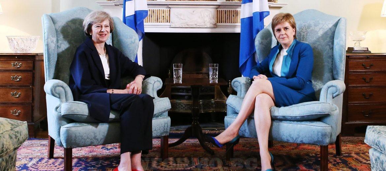 Среща между премиера на Великобритания Тереза Мей и първия министър на Шотландия Никола Стърджън снимка: ЕРА/БГНЕС