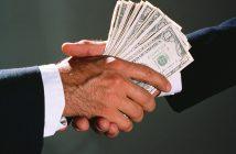 пари подкуп корупция