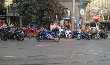 протест мотористи