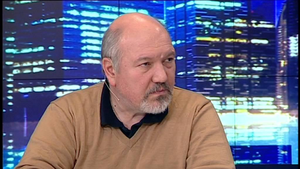 доц. Александър Маринов