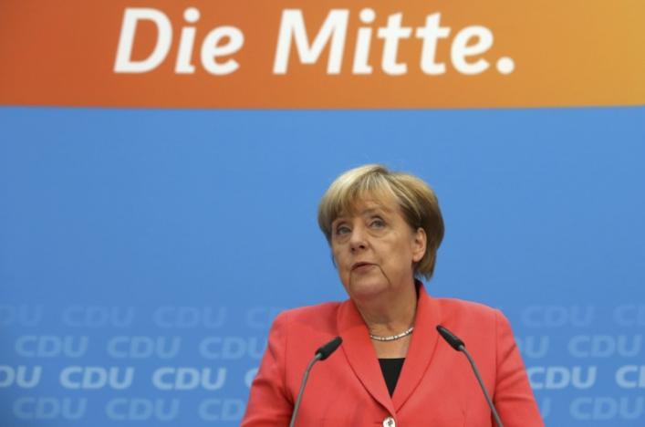 Ангела Меркел Снимка: REUTERS/Fabrizio Bensch