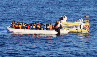 мигранти, бежанци, средиземно море