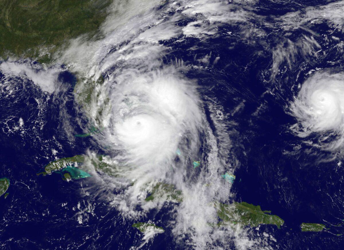 ураганът ''Матю''