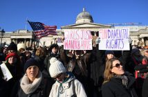 epa05739113 Protesters gather at the Trafalgar Square to take part in the Women's March in London, Britain, 21 January 2017. Protest rallies were held in over 30 countries around the world in solidarity with the Women's March on Washington in defense of press freedom, women's and human rights following the official inauguration on 20 January of Donald J. Trump as the 45th President of the United States of America in Washington, USA.  EPA/FACUNDO ARRIZABALAGA