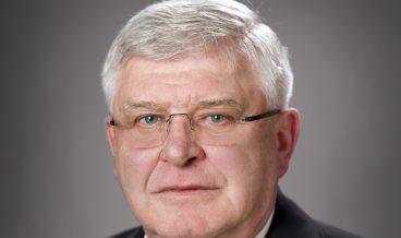 Кирил Ананиев - служебен министър на финансите