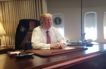 epa05753327 US President Donald J. Trump sits at his desk aboard Air Force One during his first official trip as President en route to Philadelphia, Pennsylvania for a speech to a Republican Congressional retreat in Washington, DC, USA, 26 January 2017.  EPA/DAVID NAKAMURA / POOL