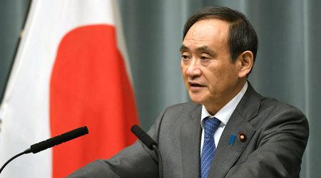 Главният секретар на японското правителство Йошихиде Суга снимка: Reuters