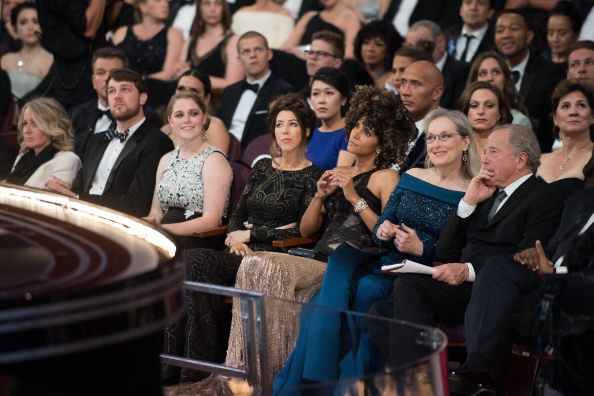 Halle Berry (R-3) and Meryl Streep (R-2)