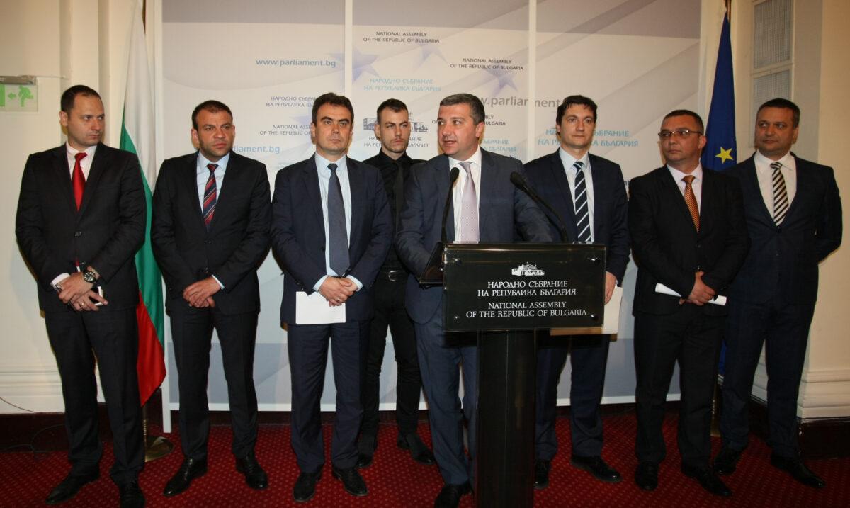 Драгомир Стойнев, парламент, БСП