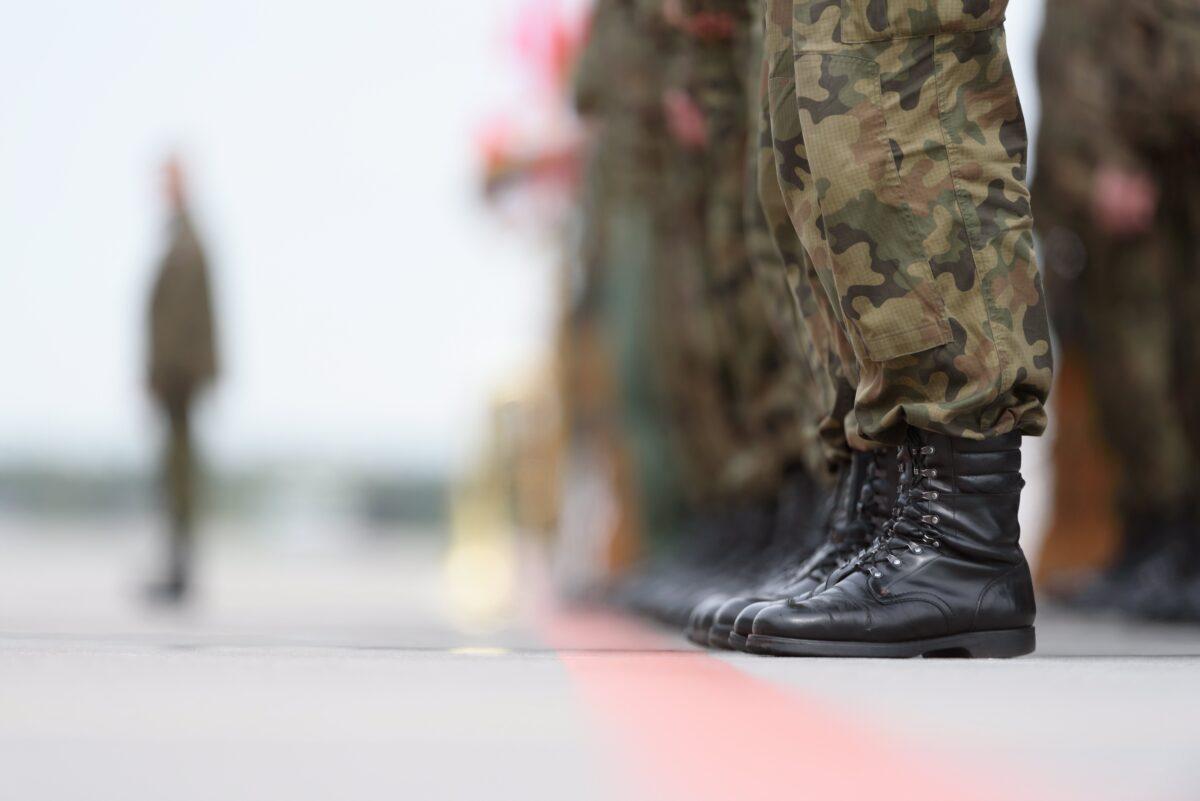 войници, НАТО