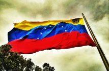 bandera_de_venezuela_en_el_waraira_repano_0