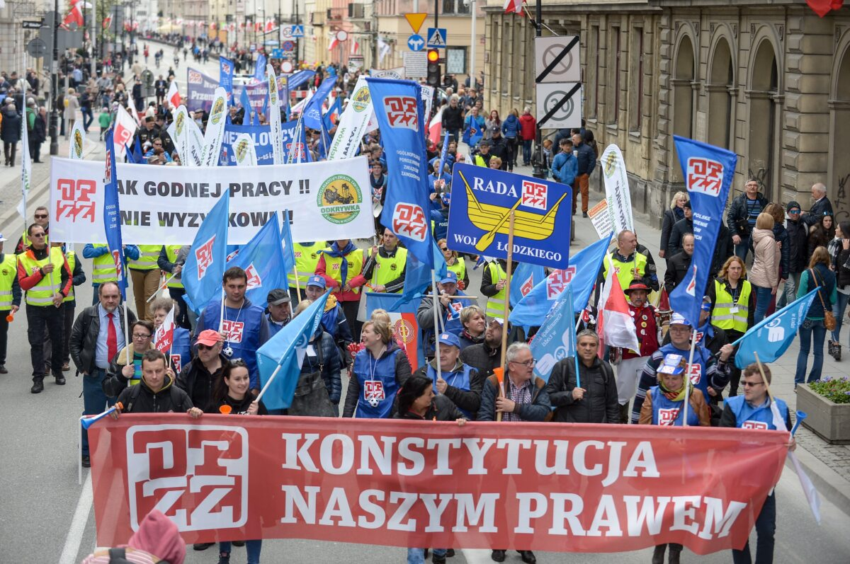 epa05938732 Participants carry a banner reading 'Constitution is our right' during the Labor Day rally in Warsaw, Poland, 01 May 2017. Although celebrations of the Labour Day in Warsaw are organised by the All-Poland Alliance of Trade Unions other left-wing parties like Democratic Left Alliance (SLD) and Razem (Together) are taking part. Labor Day or May Day is observed all over the world on the first day of May to celebrate the economic and social achievements of workers and fight for workers' rights. EPA/Marcin Obara POLAND OUT
