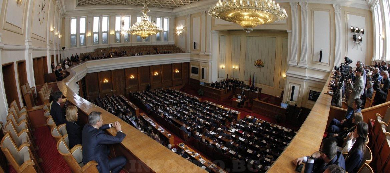 Депутатите създадоха комисия за избора на нови изтребители