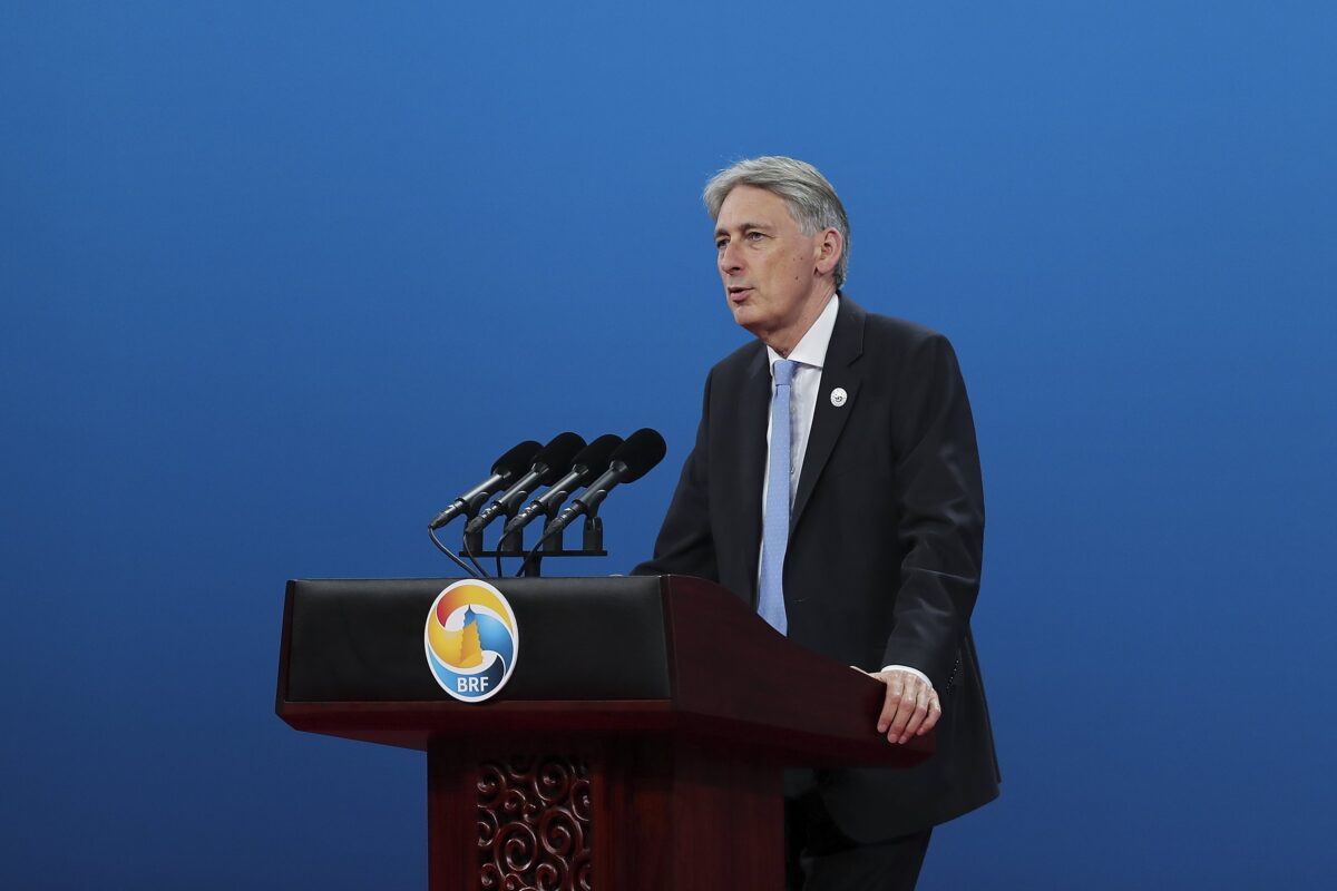 epa05962877 Britain's Chancellor of the Exchequer Philip Hammond speaks during the Belt and Road Forum for International Cooperation in Beijing, China, 14 May 2017. The forum runs from 14 to 15 May. EPA/LINTAO ZHANG / GETTY IMAGES ASIAPAC /POOL