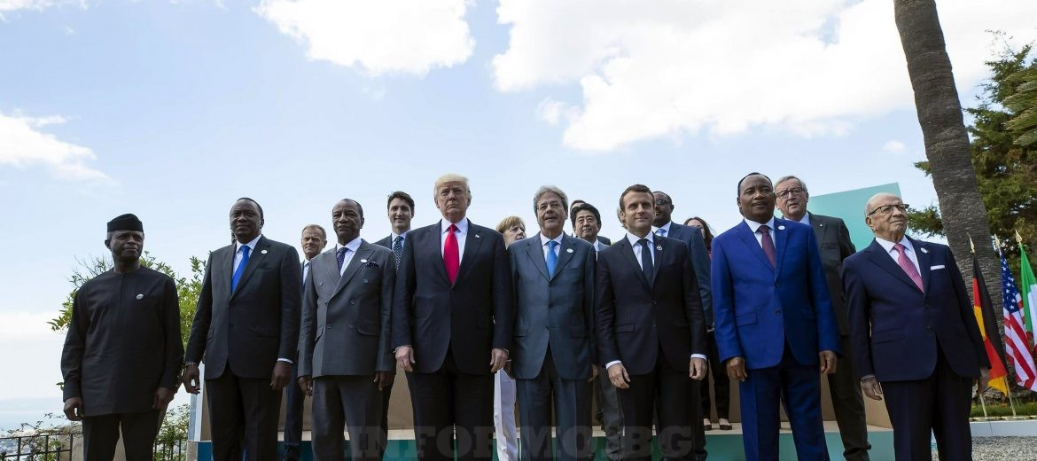 epa05992725 G7 and African leaders pose for a group photo in the Sicilian town of Taormina, Italy,  27 May 2017. The second day is scheduled to deal with Innovationand Development in Africa, Global Issues such as Human Mobility, Food Security and Gender Equality as well as the G7 Global Relations,  the Italian G7 Presidency said in a media release. Heads of States and of Governments of the G7, the group of most industrialized economies, plus the European Union, meet in Taormina, Italy, from 26 to 27 May 2017 for a summit titled 'Building the Foundations of Renewed Trust'.  EPA/ANGELO CARCONI