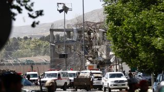 epa06000552 A view of the destruction caused at the scene of a suicide bomb attack in Kabul, Afghanistan, 31 May 2017. At least 50 people were killed or wounded in a suicide bomb attack near Kabul's diplomatic and government district on 31 May, media reported. The number of casualties is expected to rise, media added.  EPA/HEDAYATULLAH AMID