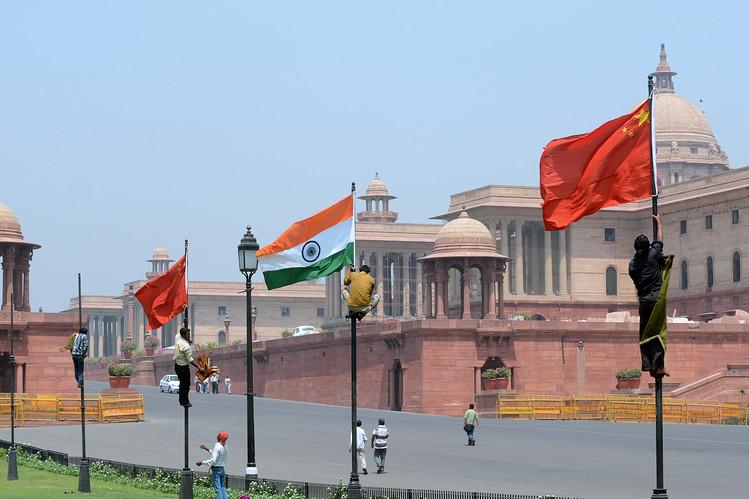 Китай, Индия, знамена