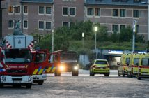 epa06039869 Emergency vehicules outside of the Brussels Central Station after a neutralized terrorist attack attempt, in Brussels, Belgium, 20 June 2017. According to Belgian media, police shot a suspect wearing an explosive belt at the Brussels Central Station. Belgian police also confirmed there was a small explosion in the Brussels Central Station, but said there are not much damage done and situation is under control. The cause of the explosion is unknown.  EPA/STEPHANIE LECOCQ