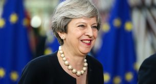 epa06042988 British Prime Minister Theresa May in Brussels, Belgium, 22 June 2017. European heads of states and governments gather for a two-days European Council meeting on 22 and 23 June which will mainly 'focus on the ongoing efforts to strengthen the European Union and protect its citizens through the work on counterterrorism, security and defence, external borders, illegal migration and economic development', the European Councils said in a press release.  EPA/STEPHANIE LECOCQ