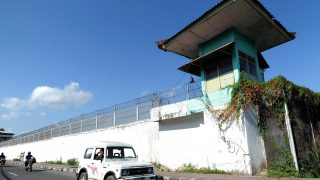 This general view shows Kerobokan prison in Denpasar on the Indonesian resort island of Bali on October 11, 2011 The recent arrest of a 14-year-old Australian boy on alleged drug possession in the Kuta area has brought the island into the spotlight again after a number of headline making arrests the past few years. The 14-year-old Australian boy arrested for alleged marijuana possession and reportedly being held at Kerobakan, may escape a prison term, police said on October 11. Several Australians have been arrested for drug possession on Bali island in recent years, while two traffickers are on death row and six serving life sentences in Bali's Kerobokan jail.    AFP PHOTO / Sonny TUMBELAKA