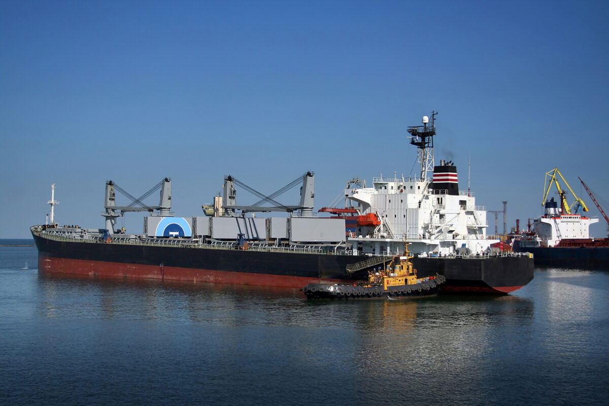 транспортен кораб