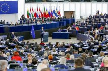 epa06201718 A handout photo made available by the European Parliament on 13 September 2017 shows European Commission President Jean-Claude Juncker chairing key debate on the State of the Union 2017 at the European Parliament in Strasbourg, France, 13 September 2017.  EPA/MATHIEU CUGNOT / EUROPEAN PARLIAMENT HANDOUT  HANDOUT EDITORIAL USE ONLY/NO SALES