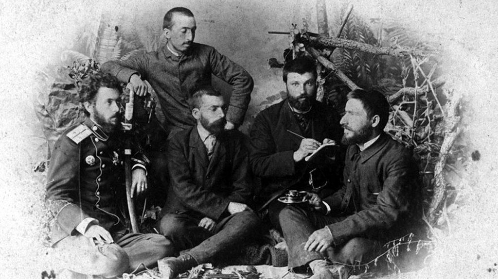 На снимката: Капитан Коста Паница, Иван Стоянович, Захари Стоянов, Иван Андонов, Димитър Ризов