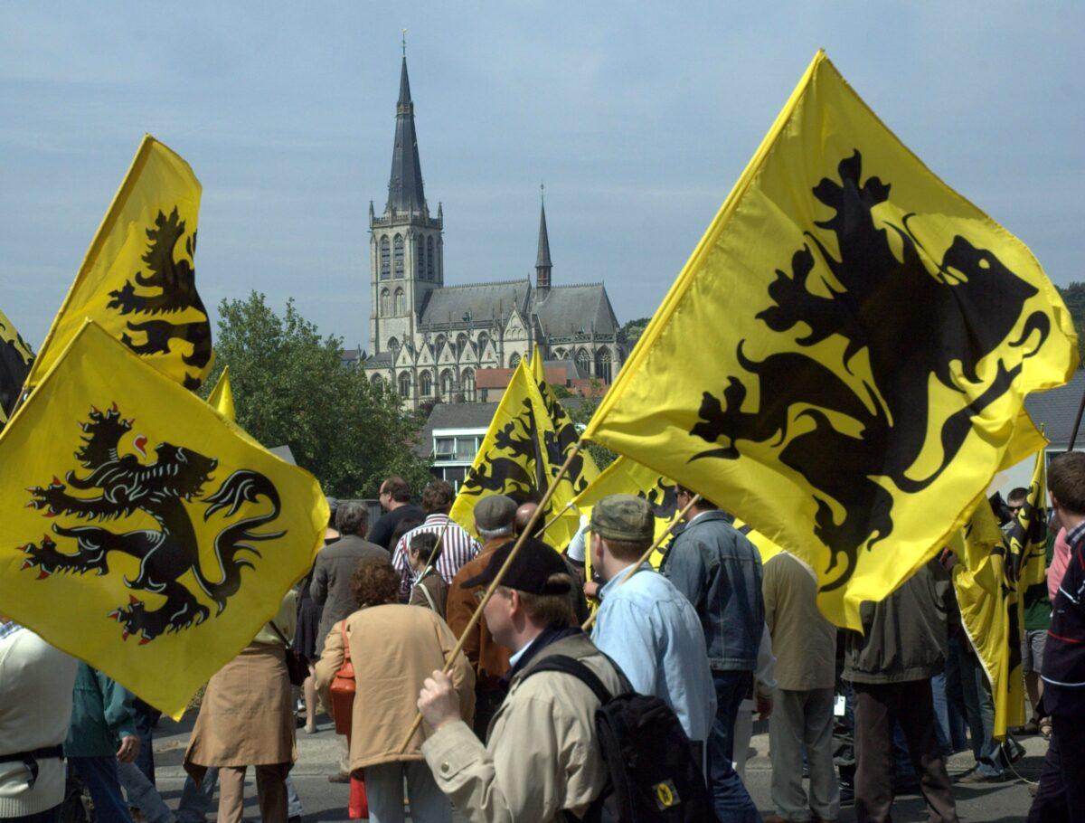 flemish_flag_belgium_separatist_nationalism_nva_credit-tijl-vercaemer