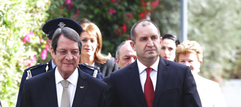 Румен Радев, Никос Анастасиадис