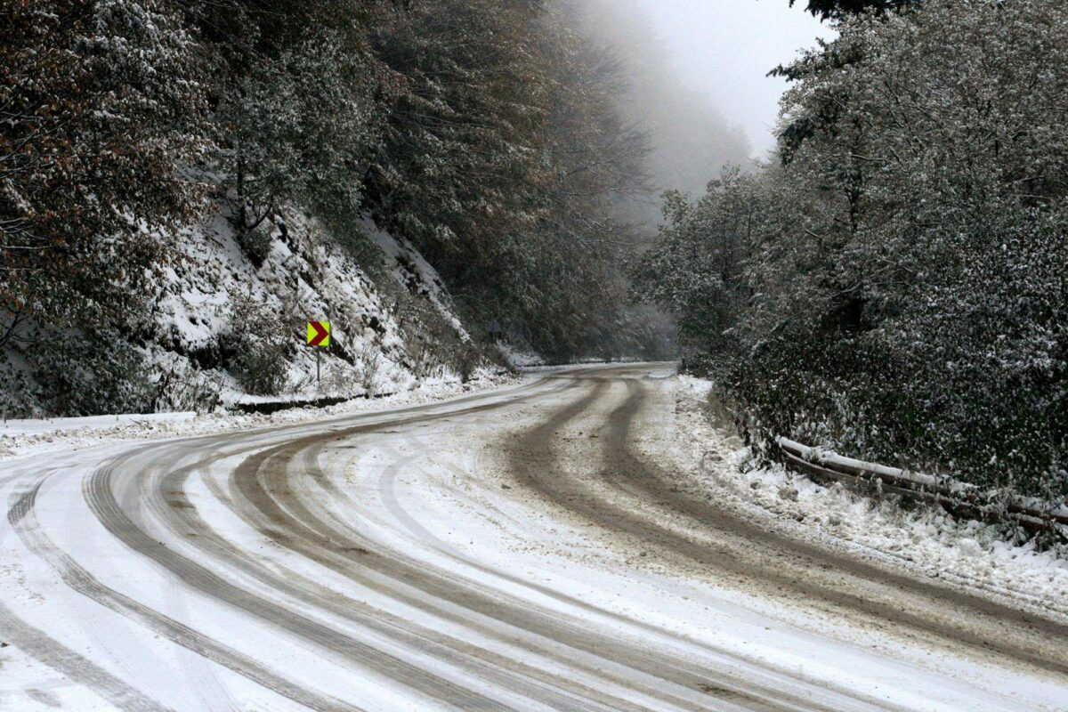 Петрохан, сняг