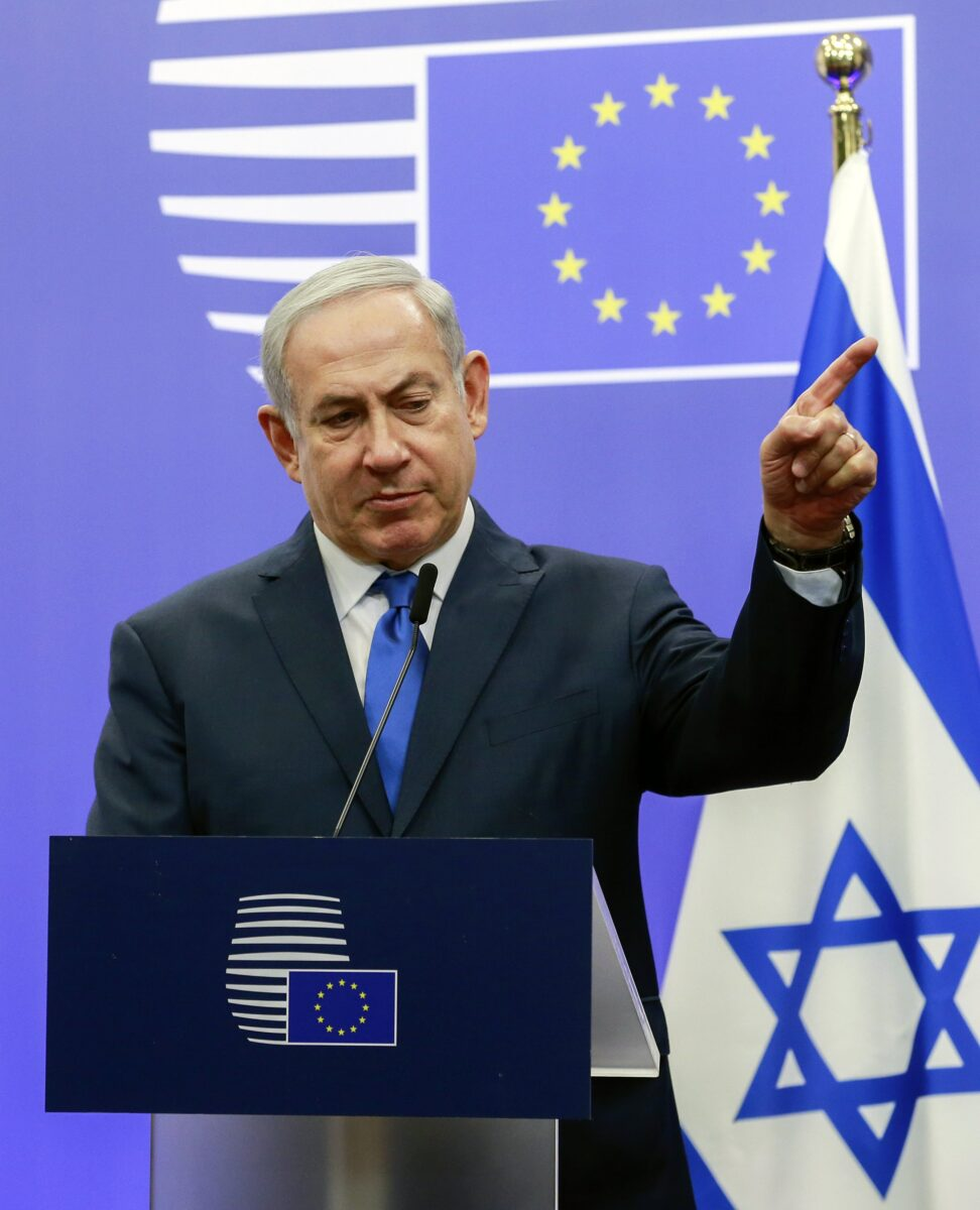 epa06382350 Israeli Prime Minister Benjamin Netanyahu gives a press briefing prior to the meeting with EU foreign ministers in Brussels, Belgium, 11 December 2017. The meeting, shortly after US President Donald J. Trump recognized Jerusalem as a capital of Israel, will focus on bilateral relations and regional developments. EPA/OLIVIER HOSLET