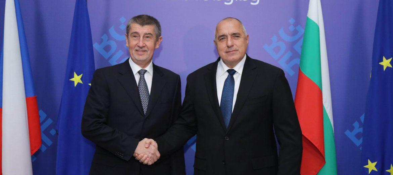"""Премиерът на Чехия: Не разбираме защо Гърция е член на """"Шенген"""", а България не е (видео)"""