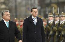 Виктор Орбан и Матеуш Моравиецки  снимка: EPA/BGNES