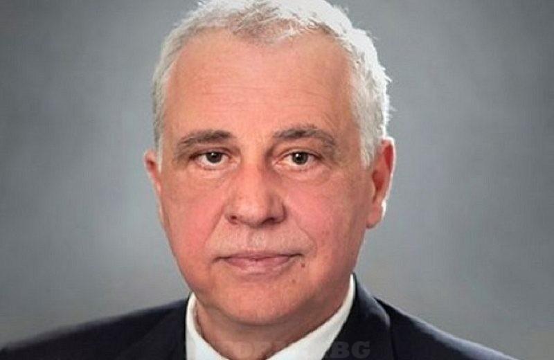 Атанас Кръстин