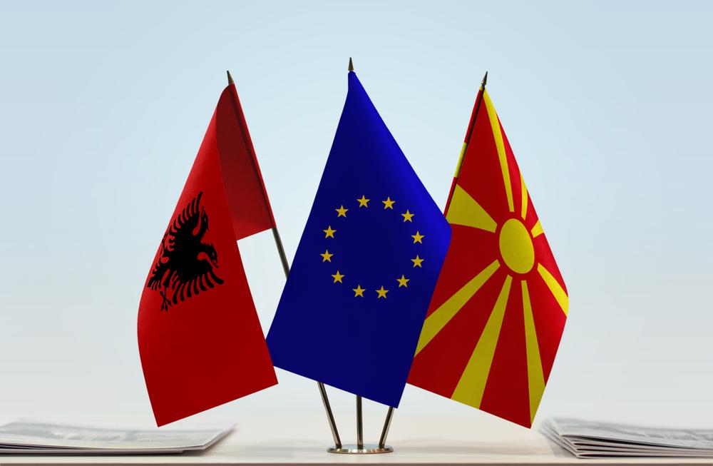 Македония, Европейски съюз, Албания