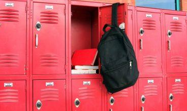 училищни шкафчета
