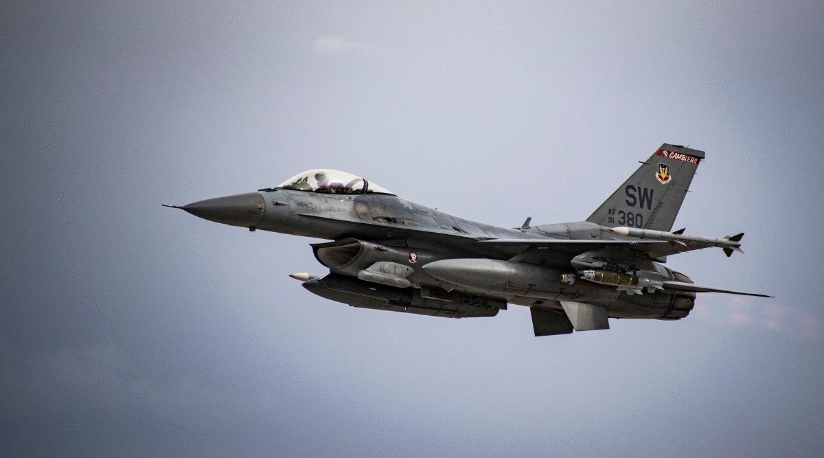 боен самолет, ф-16, изтребител