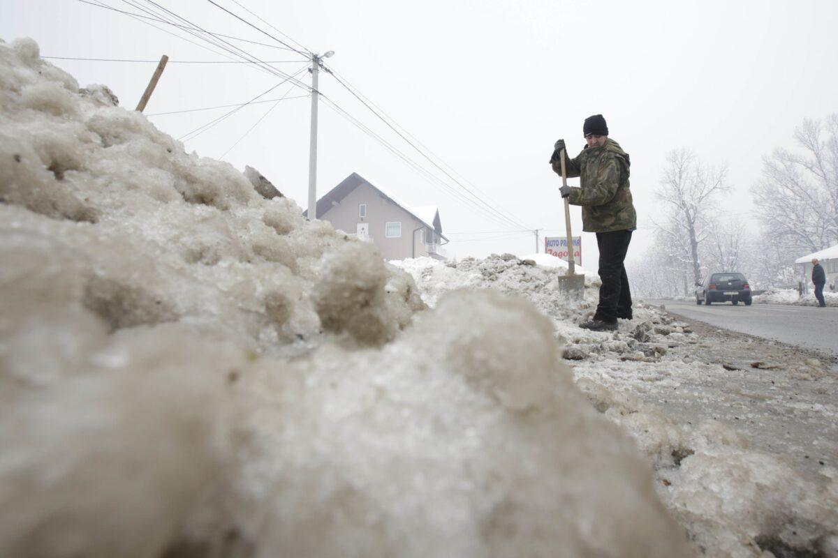 Сърбия студ зима сняг