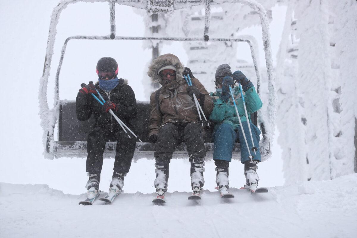Tourists ski on Kasprowy Wierch Mountain