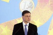 epa07267947 European Commission Vice-President for the Euro and Social Dialogue Valdis Dombrovskis speaks at a conference 'Five Years With The Euro' in Riga, Latvia, 07 January 2019. Latvia marks five years since joininig the euro zone.  EPA/VALDA KALNINA