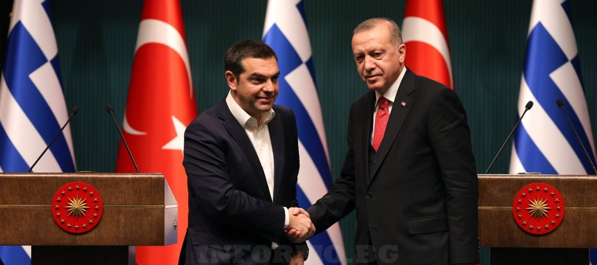 epa07346071 Greek Prime Minister Alexis Tsipras (L) and Turkish President Recep Tayyip Erdogan (R) shakes hands after a joint press conference after their meeting in Ankara, Turkey, 05 February 2019. Tsipras is in Turkey for a two-days official visit.  EPA/STR