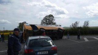 991-ratio-katastrofa-uchilishten-avtobus