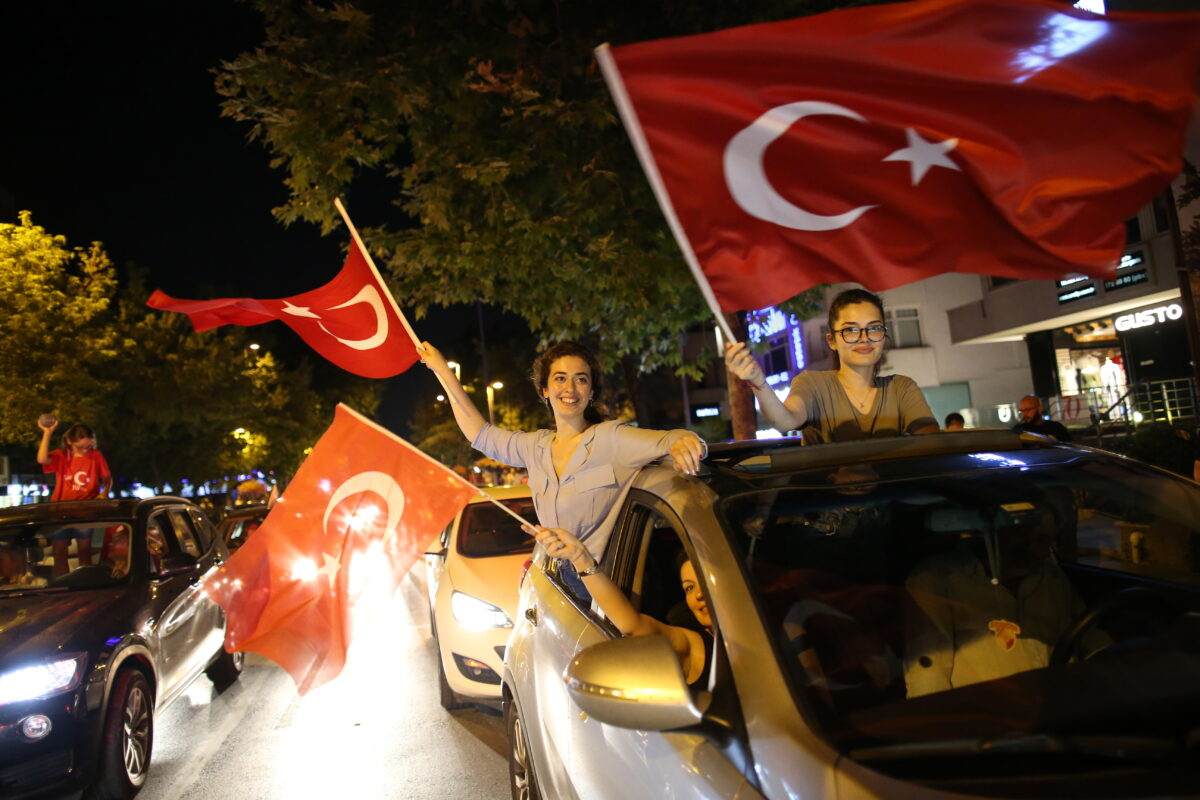 epaselect epa07669227 Supporters of Republican People's Party (CHP) candidate for mayor of Istanbul Ekrem Imamoglu celebrate after the Istanbul mayoral elections re-run, in Istanbul, Turkey, 23 June 2019. According to unofficial results Ekrem Imamoglu won the election with 54 percent of the votes. The Turkish Electoral Commission ordered a repeat of the mayoral election in Istanbul for 23 June 2019, after Turkish President Erdogan's AK Party had alleged there was 'corruption' behind his party losing to a candidate of main opposition Republican People's Party's (CHP) in the 31 March 2019 polls. EPA/ERDEM SAHIN