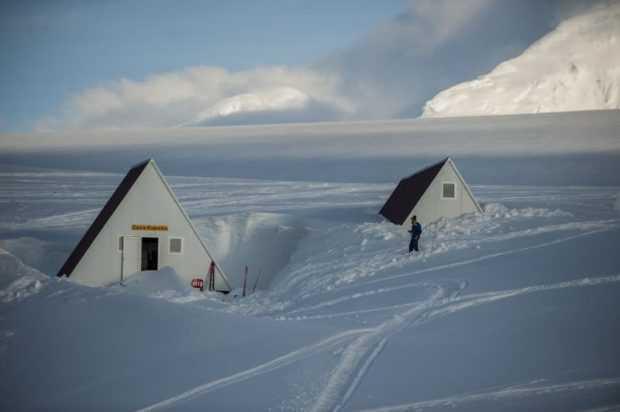 Polyarnata-ni-baza-na-Antarktida-620x412