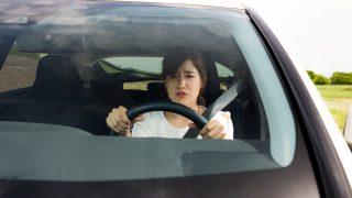 Кола, шофьор
